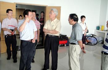 中国科学院院地合作局戚强局长视察